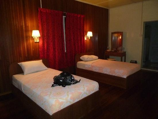 Abai Jungle Lodge: room