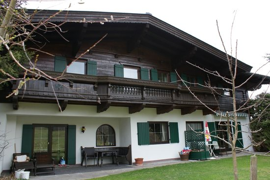 Schweigerhof: Rear