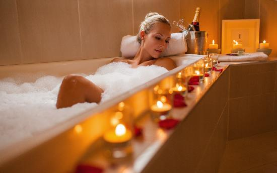Spicers Vineyards Estate: 3 Indulge with our Romance Package
