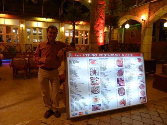 Pizza Pepino: Sebastian Great Welcome fantastic coffee