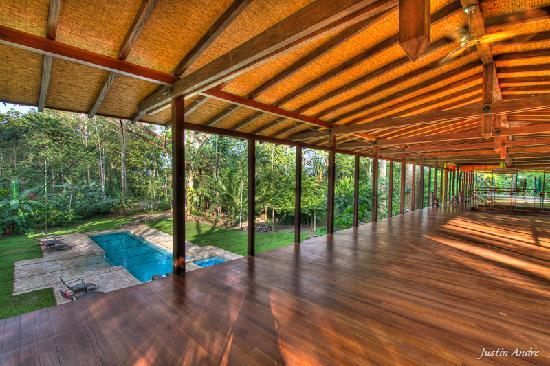 Iguana Lodge: Pool-side Yoga Studio