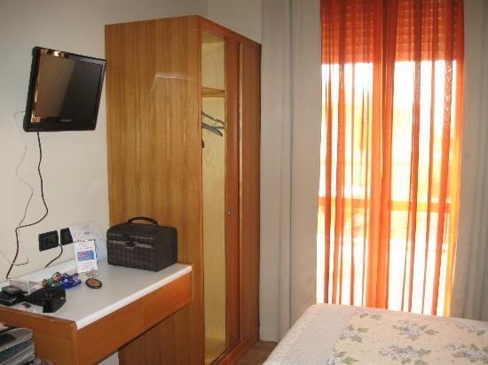 Hotel Mauro: la stanza