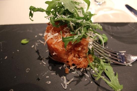 Restaurante Aizian: salmon tartare
