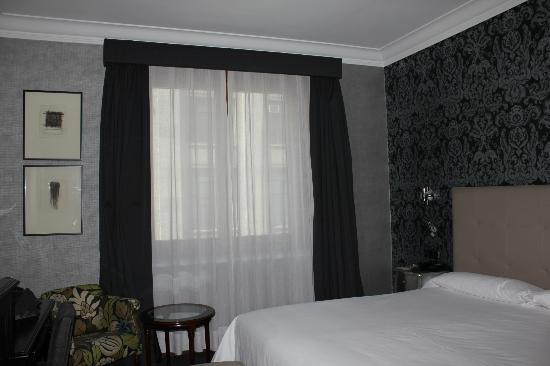 Carlton Hotel: our room on 3rd floor