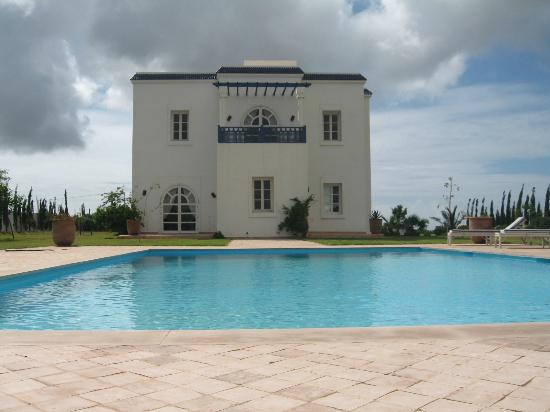 Villa Dar Mogador : Vue Villa - Piscine