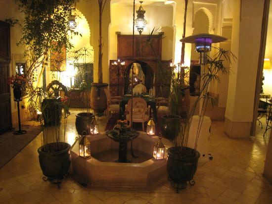 Riad Dar Oulhoum: l'ambiance magnifique le soir