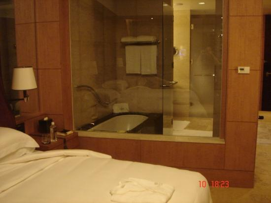 Hotel Room Picture Of Shangri La Hotel Tokyo Chiyoda
