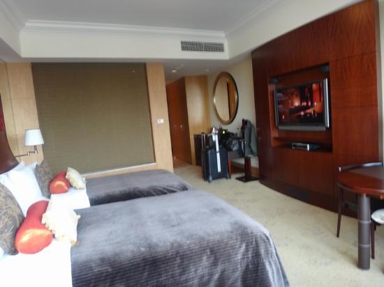 Hotel Room Picture Of Shangri La Hotel Tokyo Chiyoda