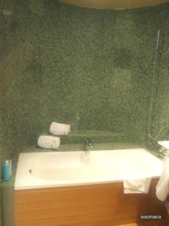 Jacuzzi Es.La Banera Es Jacuzzi Picture Of Hotel Ch Valhalla