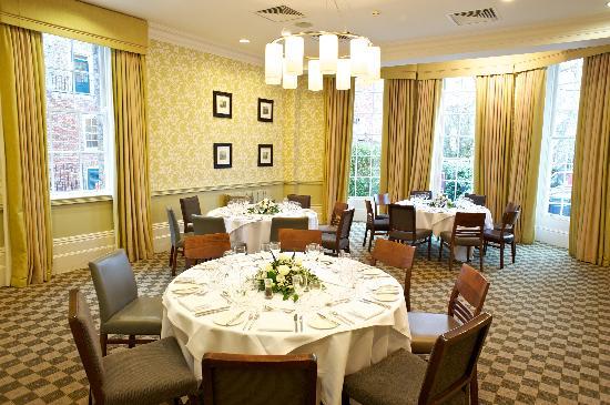 Richmond Hill Hotel Dining Pembrokes Restaurant