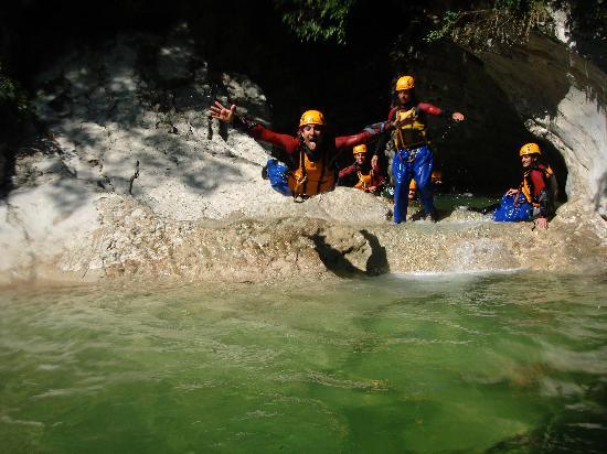 Canyon Adventures: jump