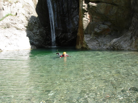 Canyon Adventures : swimming