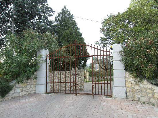 Entry gate to Agriturismo San Mattia