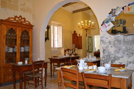 Maria Giovanna Guest House: Dining room