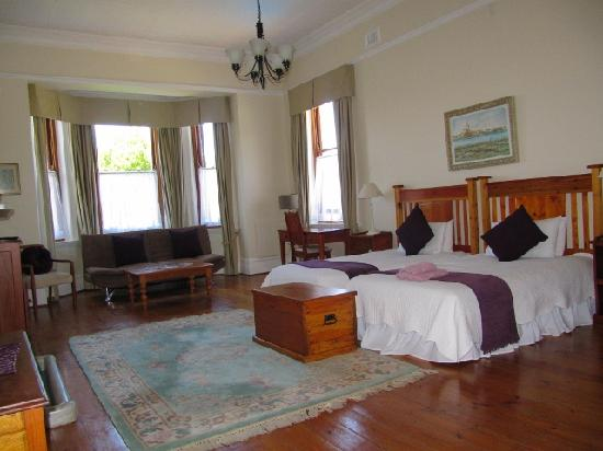 Carmichael Guesthouse: One of our very Family Suite