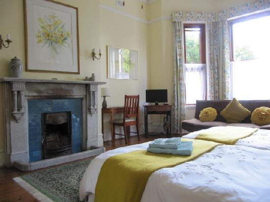Carmichael Guesthouse: One of our Luxury Twin Bedroom