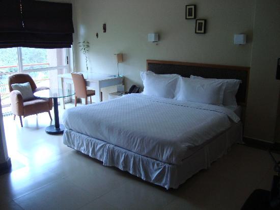 Metropole Hotel Kampala: enough room space
