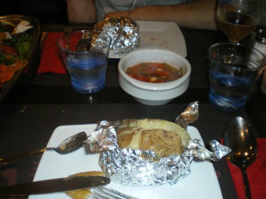 Ankara: Pomme de terre au four en accompagment