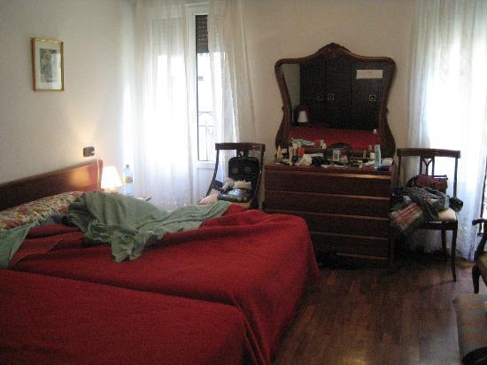 Pension Ira-Flor: Bonitas habitaciones