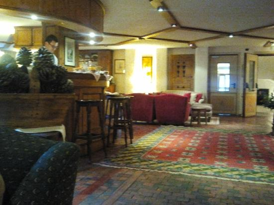 Auberge de la Maison: bar