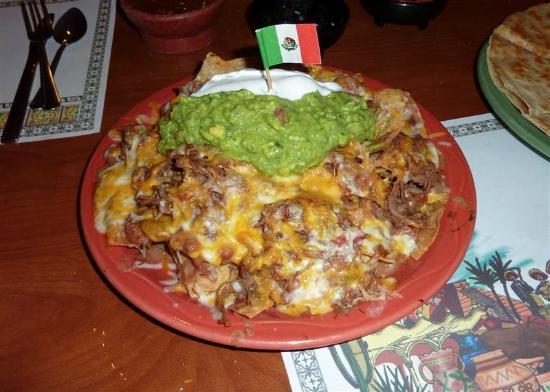 Mi Casa Restaurant : Nachos with meat