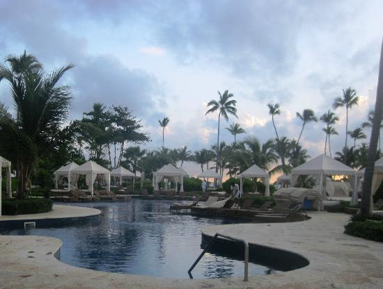 Iberostar Grand Hotel Bavaro: The grounds were immaculate