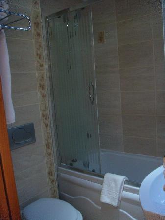 Lausos Hotel: toilet