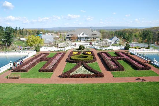 The Hotel Hershey: Formal gardens