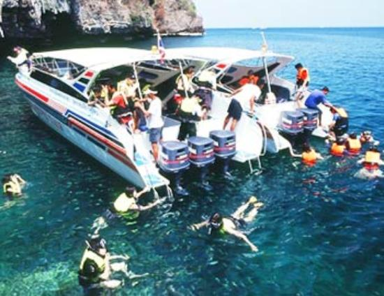 Rai Island - Picture of Hong Island Speed Boat Tour, Krabi ...