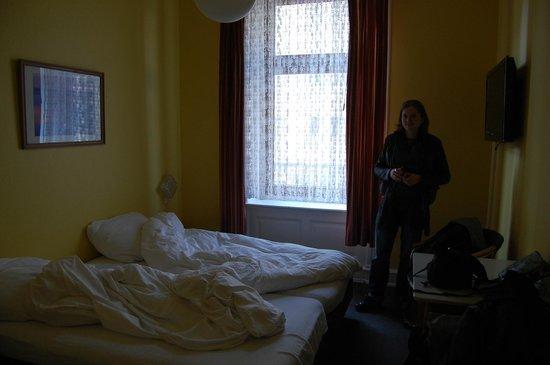 Hotel Kieler Hof : Our room