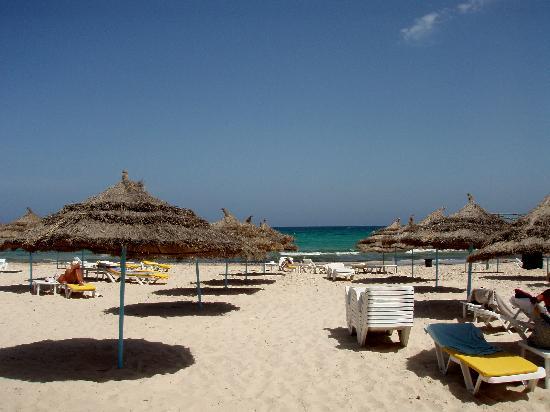 JAZ Tour Khalef Thalasso & Spa: the hotel's beach area