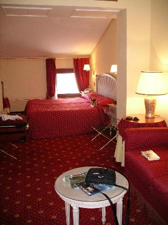 Junior Suite (rear of hotel)