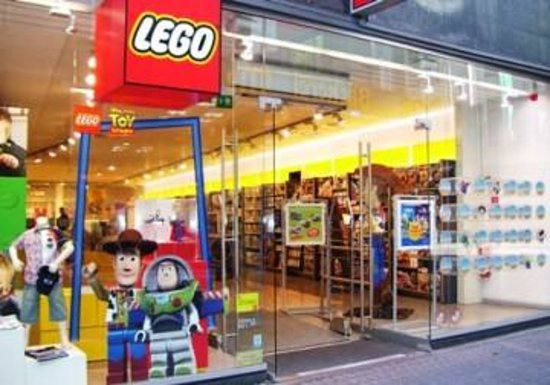 Lego Store (Cologne, Germany): Top Tips Before You Go ...