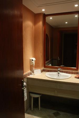Alhambra Thalasso Hotel: Bagno