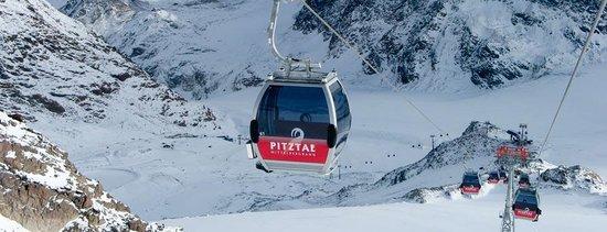 Club Alpin Skischule Pitztal