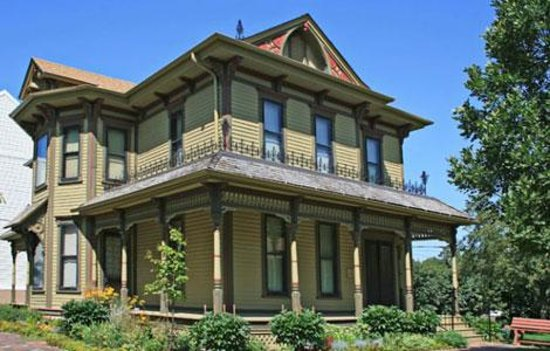 Dakota Discovery Museum: The Beckwith House