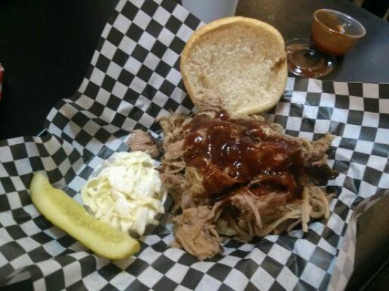 Big Poppa's Cafe on Main: Billy Ray Cyrus BBQ Sandwich