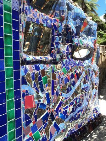 Amazespace: another tile/mosaic wonder