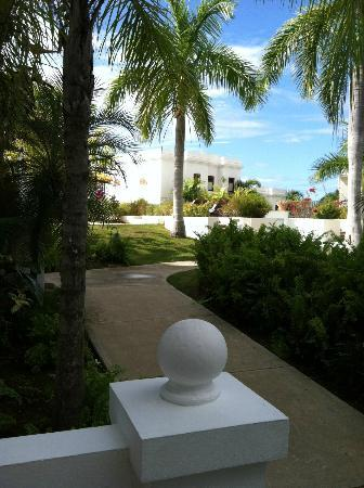 The Villas at Serenity Bay: A view towards the Infinity Pool & Fountain