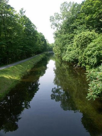 Feeder Canal Trail Foto