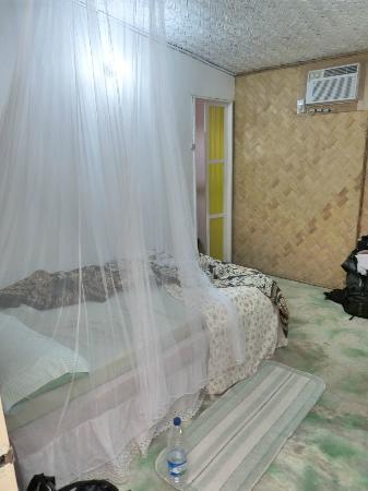 Coron Villa Hermosa: chambre