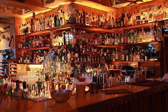 Globetrotter Bar