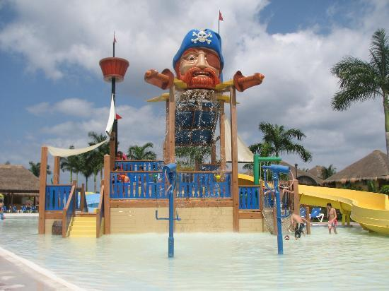 Allegro Cozumel: the kids loved it