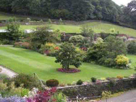 Holehird Gardens: Walled Garden
