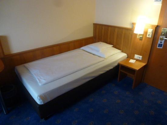 BEST WESTERN Hotel Stuttgart 21: ベッド