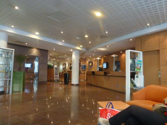 Novotel Paris 13 Porte d'Italie: ホテルロビー