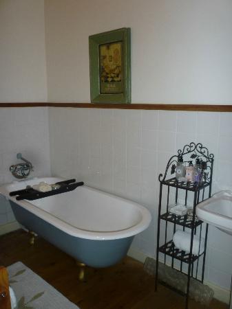 Centre-Ville Guest House: Bathroom