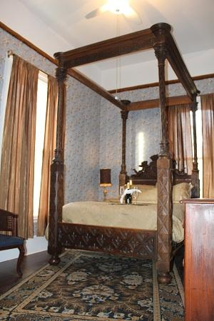 Stone Maiden Inn