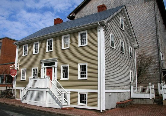 India House L Neburg knaut rhuland house lunenburg scotia top tips before you go tripadvisor