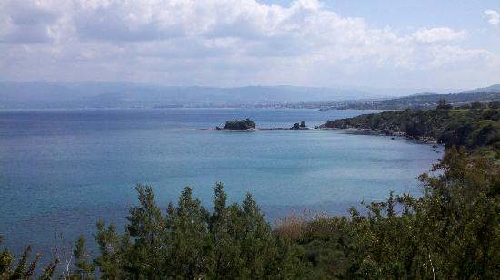 Adonis Nature Trail: Chrysochou Bay from the Aphrodite Trails in Akamas Park